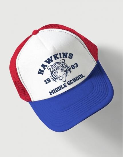 Καπέλο μπλε-κόκκινο Trucker Beechfield με στάμπα Hawkins