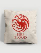 Μαξιλάρι με τύπωμα Fire and blood
