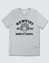 Μπλουζάκι με τύπωμα Hawkins